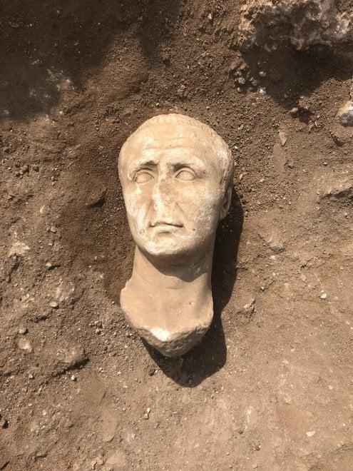Busto di Cesare ad Aquinum